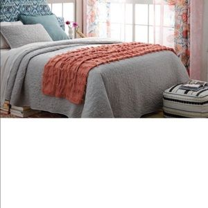 Opalhouse fringe throw in coral